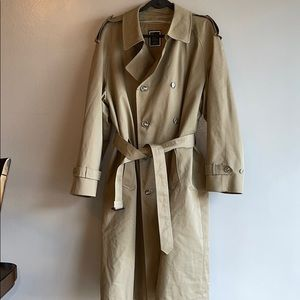 Dior trench coat grate condition size 42 R